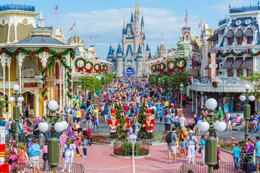 9 Hal Unik yang Hanya Bisa Kamu Temukan Saat Liburan ke Disney World