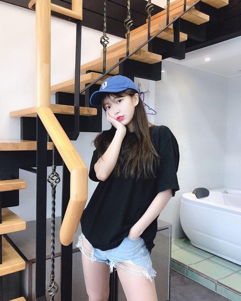 10 Potret So Hee, Member Baru Girlband NATURE yang Segera Comeback