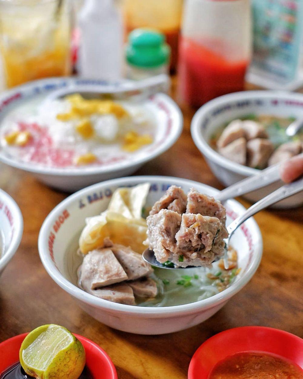 Wajib Dicoba! 5 Rekomendasi Kuliner Enak di Jalan Tunjungan, Surabaya