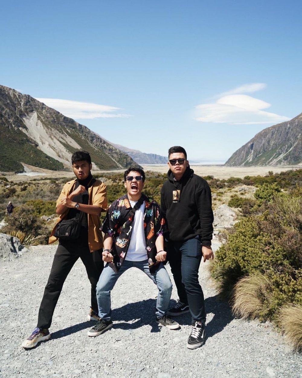 Kunjungi Mount Cook, 10 Keseruan Liburan Arief Muhammad di New Zealand
