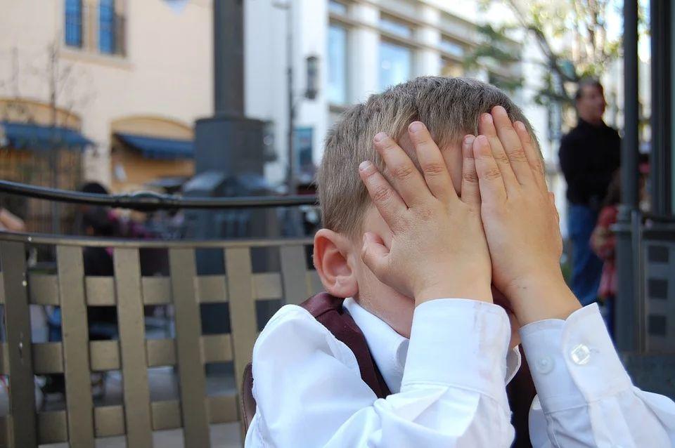 5 Alasan Mengapa Orangtua Jangan Memarahi Anak di Depan Umum
