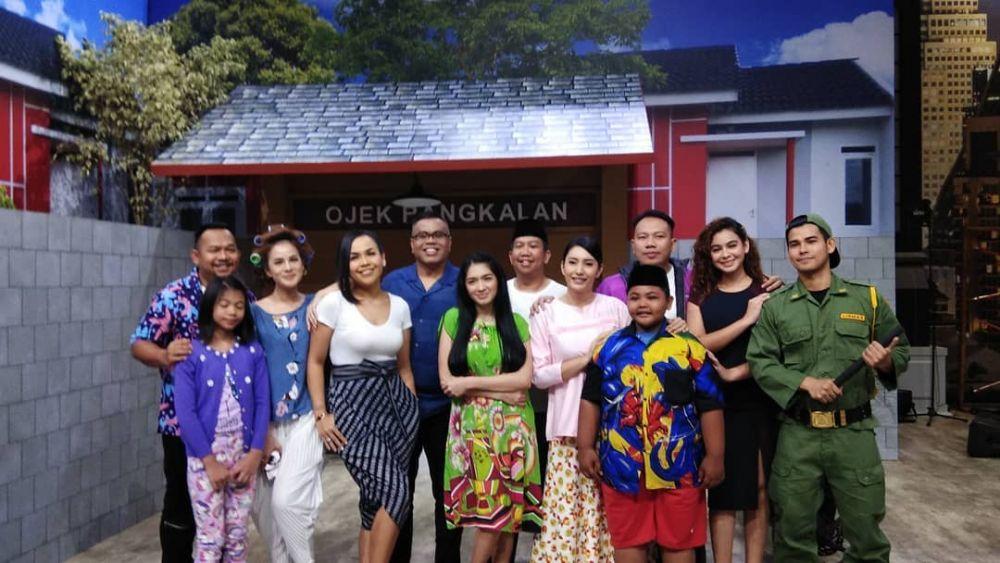 Segera Tayang, 10 Keakraban Vicky Prasetyo dan Pemain Keluarga Santuy