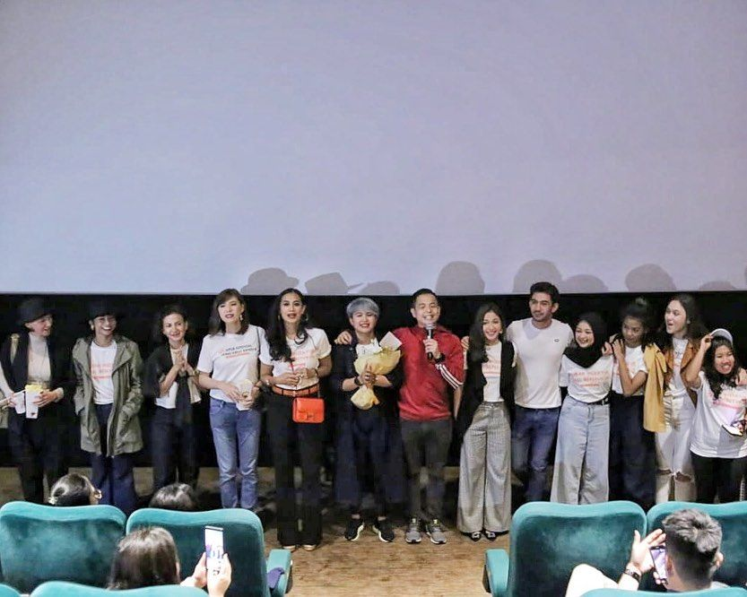 10 Potret Keseruan First Screening Film Imperfect, Penuh Tawa dan Haru
