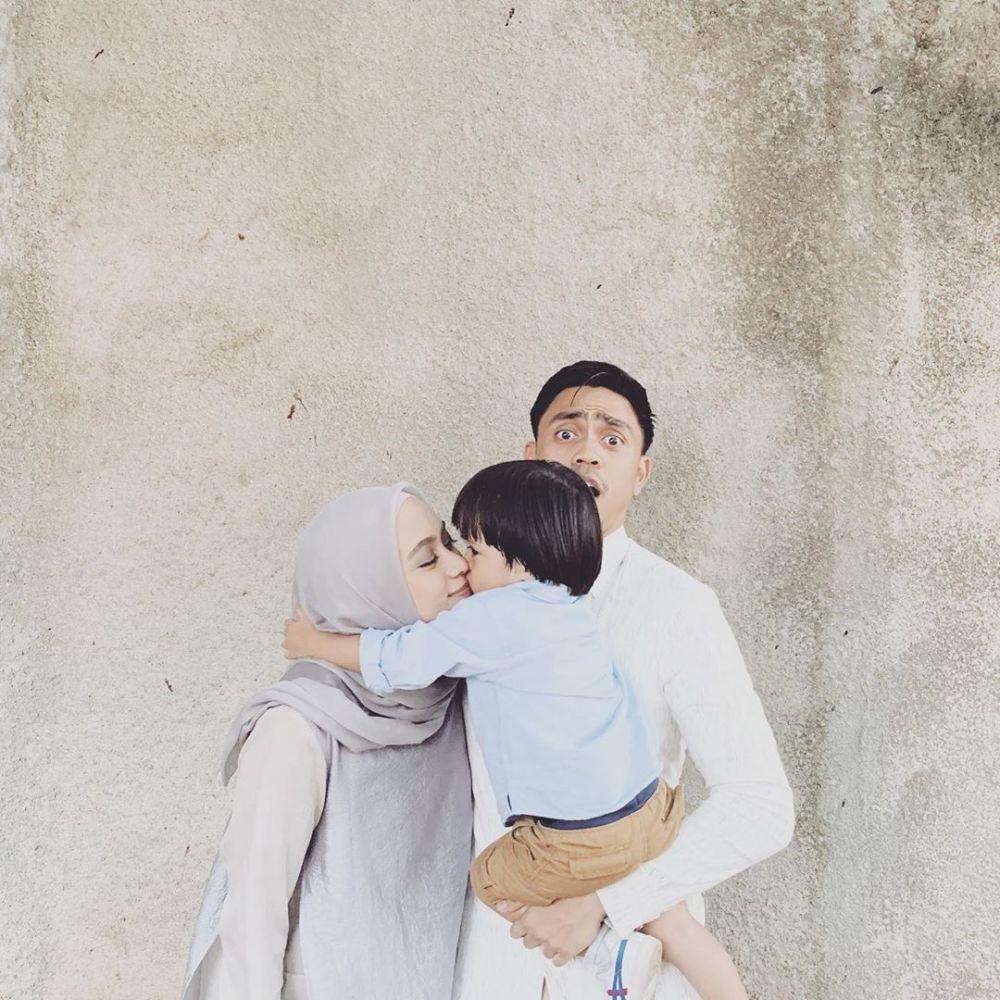 11 Potret Kebahagiaan Keluarga Belo yang Harmonis, Family Goals