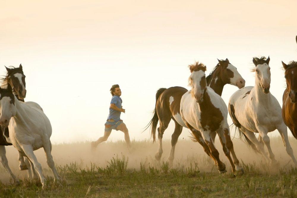 Ini 5 Alasan Film Into The Wild Wajib Kamu Tonton Kembali