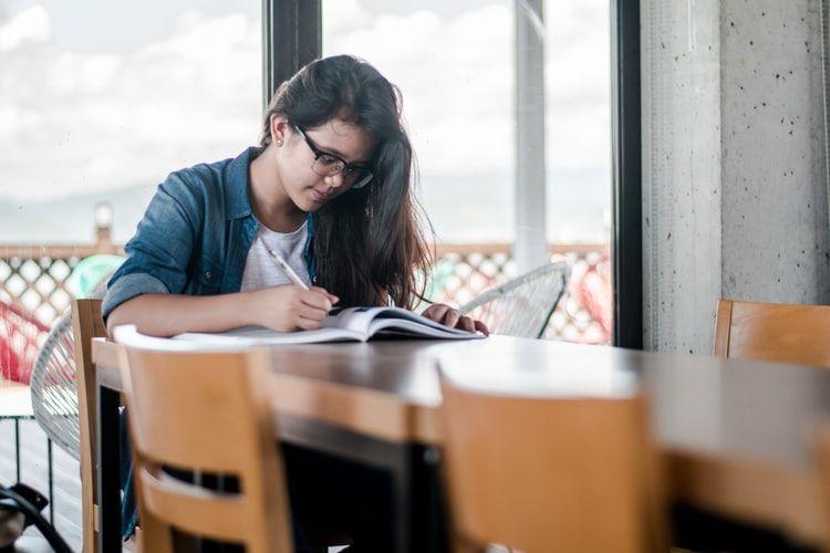 6 Pesan Ini Khusus untuk Kamu yang Mau Melanjutkan Kuliah