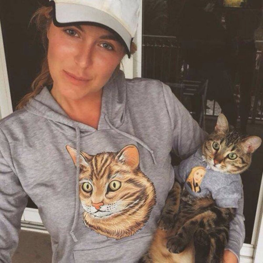 11 Ekspresi Kucing Saat Lihat Kembarannya, dari yang Cuek Sampai Kaget