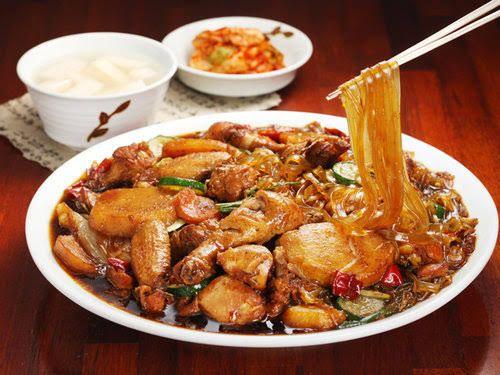 7 Olahan Ayam Kecokelatan Asia yang Cocok Dijodohkan dengan Nasi Putih
