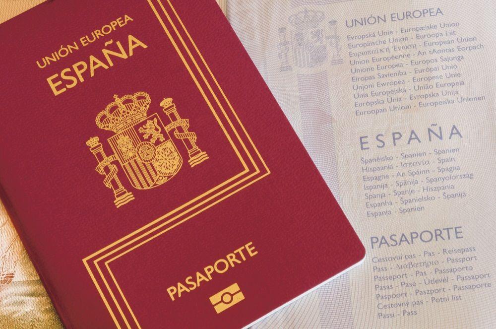 10 Negara dengan Paspor Terkuat, Bebas Visa di Ratusan Negara