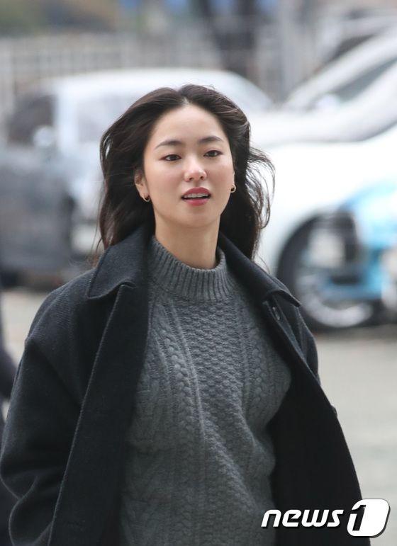 10 Fakta Jeon Yeo Bin, Kabarnya akan Main Drama Bareng Song Joong Ki