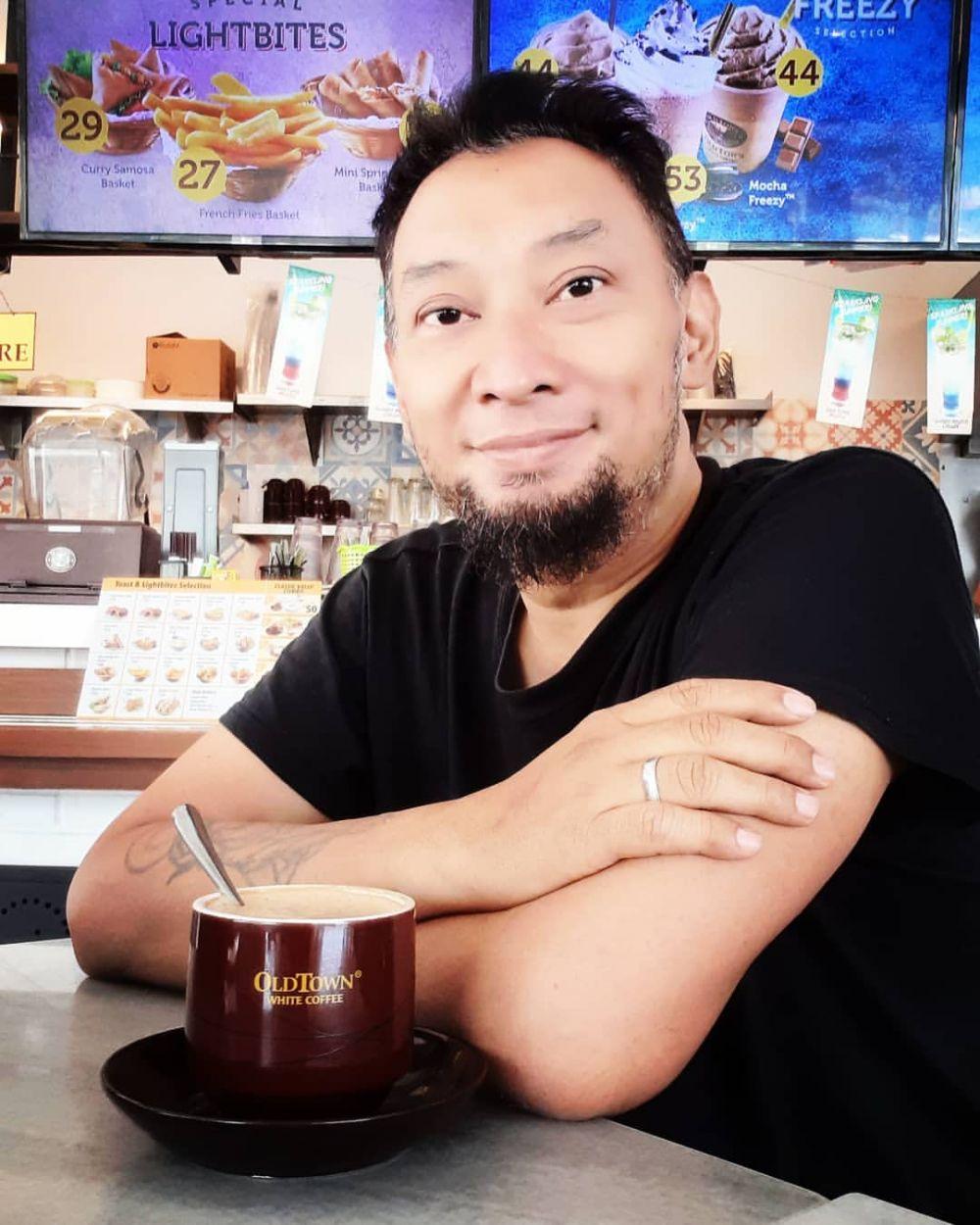 Tampil Berbeda, Ini 10 Potret Terbaru Chef Haryo yang Mantap Berhijrah