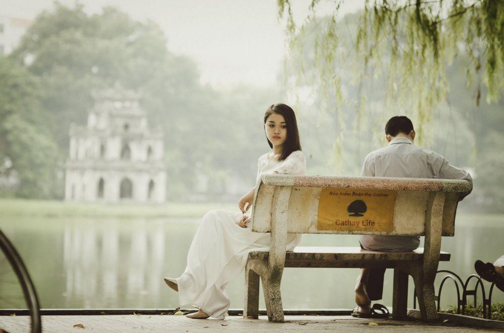 5 Ciri Nyata Bahwa Selama Ini Dia Gak Pernah Serius Pacaran Denganmu
