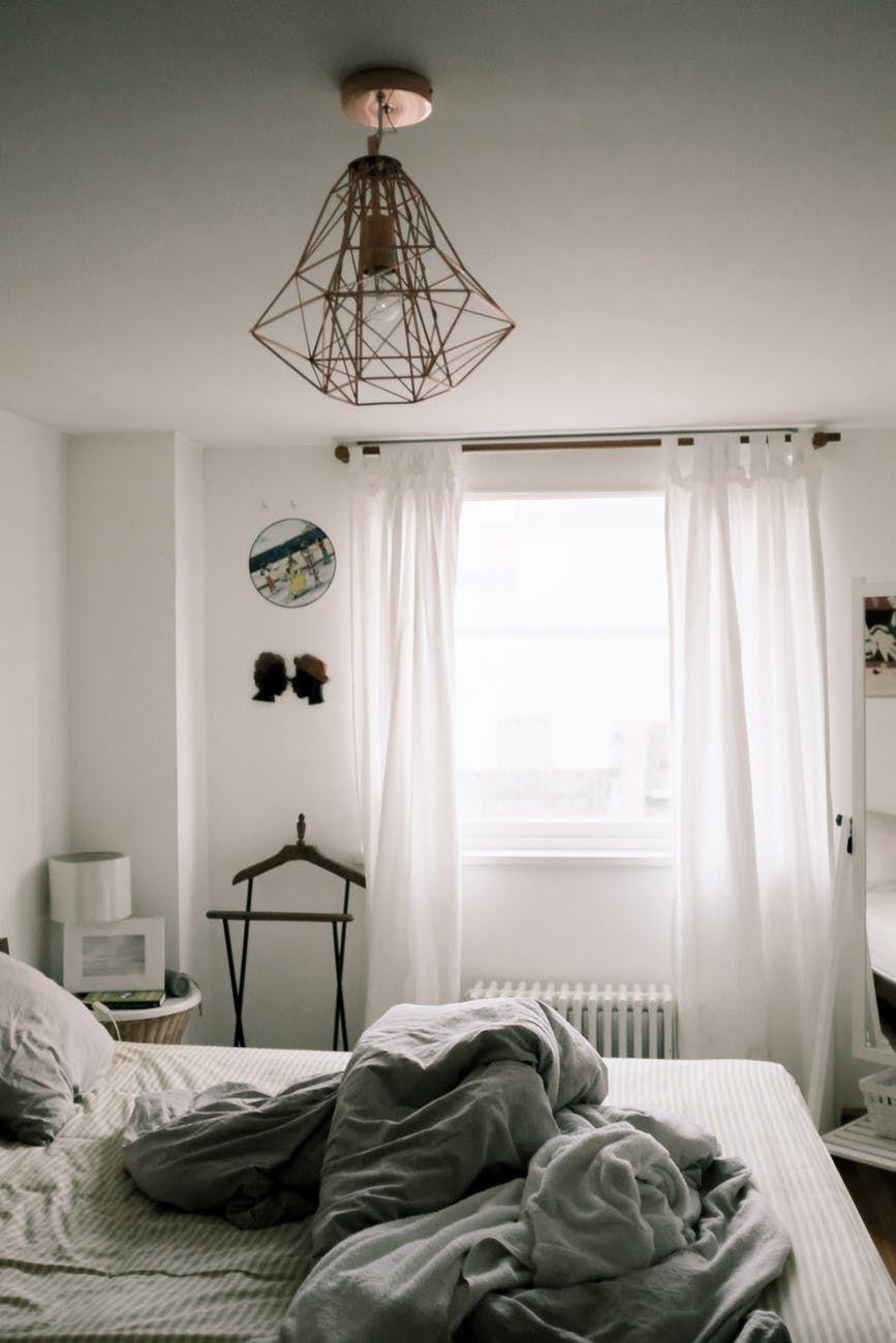 Sulap Kamarmu Lebih Estetis dengan 10 Inspirasi Dekorasi Kamar Ini!