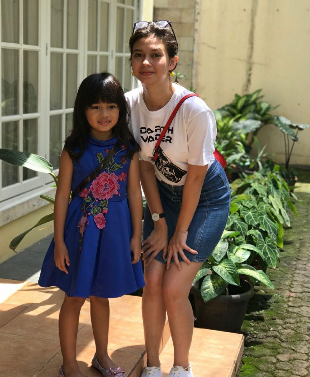 Family Goals! 10 Potret Hangat Kedekatan Yuki Kato danKeluarga