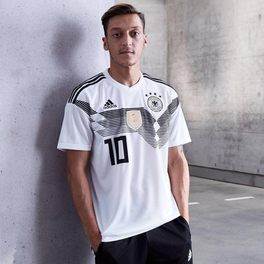 10 Potret Mesut Ozil, Bintang Jerman dan Arsenal yang Memesona