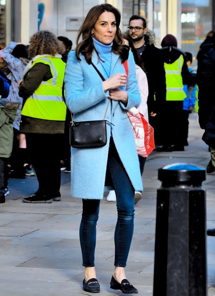 10 Tips Padu Padan Celana ala Kate Middleton, Anggun dan Berkelas!