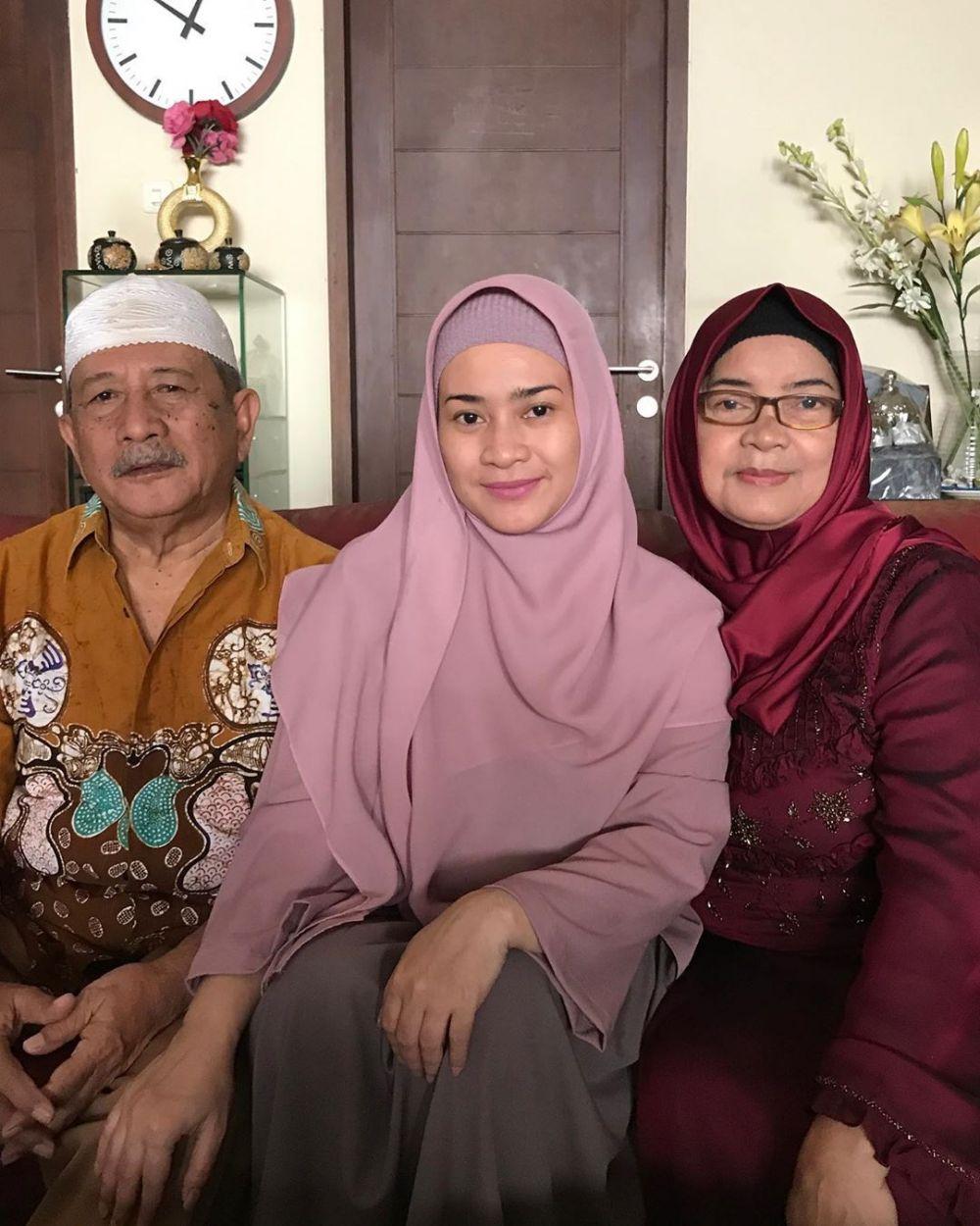 9 Momen Lebaran Bareng Keluarga ala Penyanyi Dangdut Indonesia