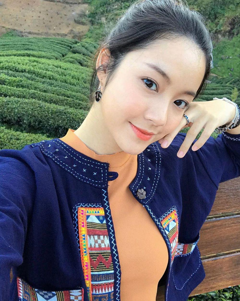 9 Pesona Namtan Tipnaree, Aktris Kece di 'Who Are You' Versi Thailand