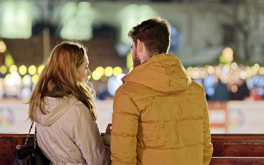 5 Situasi Rumit yang Hanya Bisa dirasakan oleh Pasangan Backstreet