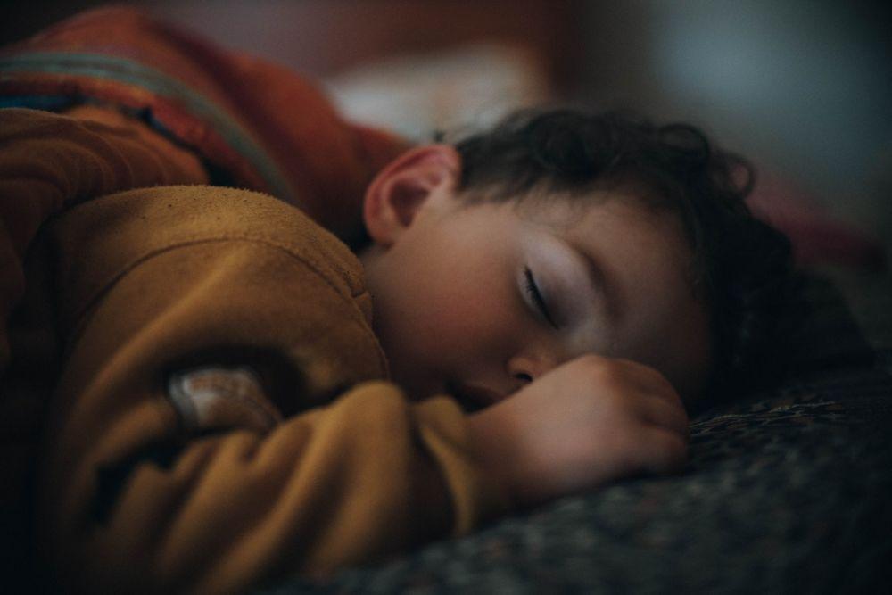 5 Tips Sederhana Menenangkan Anak yang Gampang Gelisah dan Rewel