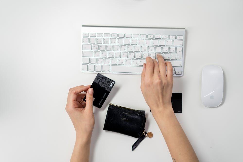 5 Etika Belanja Online, Biar Tak Bikin Repot Penjual