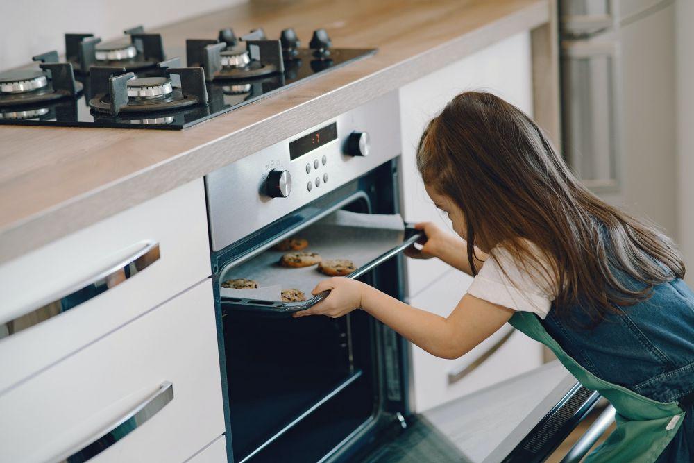 Anti Gosong, Ini 5 Tips Memanggang Kue Kering Agar Matang Sempurna
