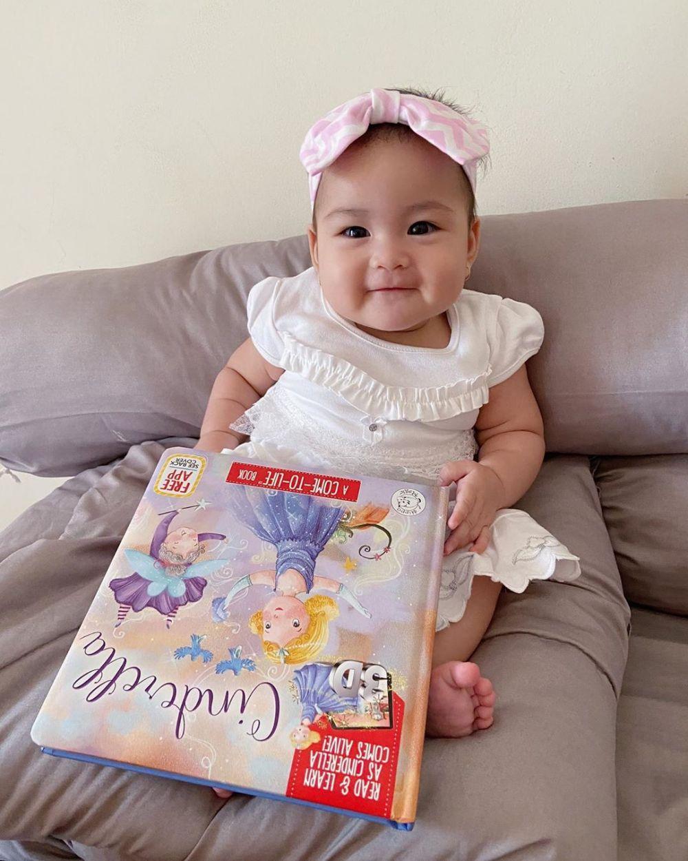 10 Potret Baby Seira, Putri Komika Ardit Erwandha yang Lucu Kebangetan