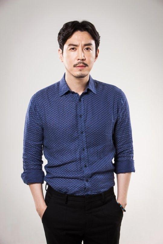 11 Potret Choi Wonyoung, Ahjussi Kocak di 'Mystic Pop-Up Bar'