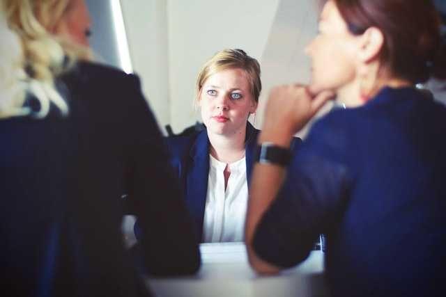 Jarang Disadari, 5 Kesalahan Saat Ngobrol Santai dengan Teman