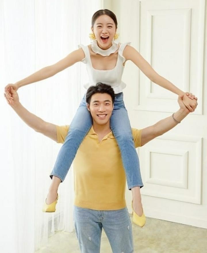 Segera Menikah, 11 Potret Hyelim eks Wonder Girls Bareng Calon Suami