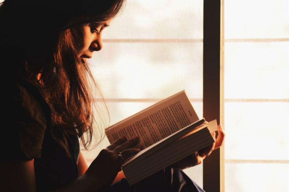 Gak Perlu Berlama-lama Sedih, Ini 6 Cara Sehat Menghadapi Penolakan