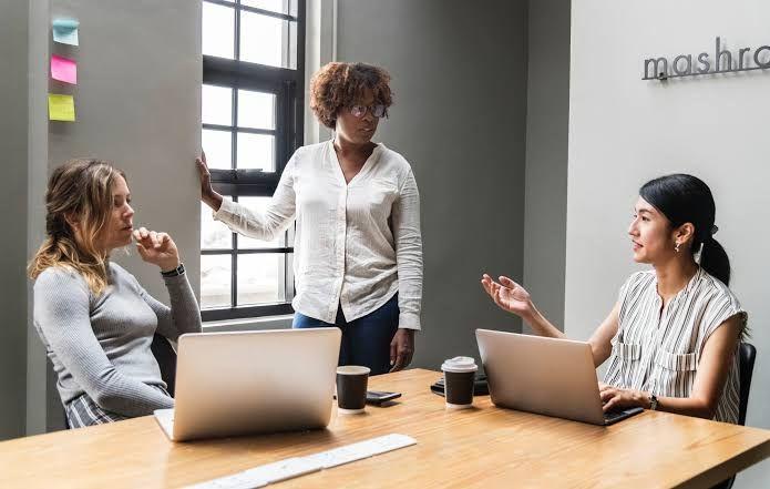 6 Kebiasaan Sepele yang Menyebabkan Turunnya Produktivitas Kerja