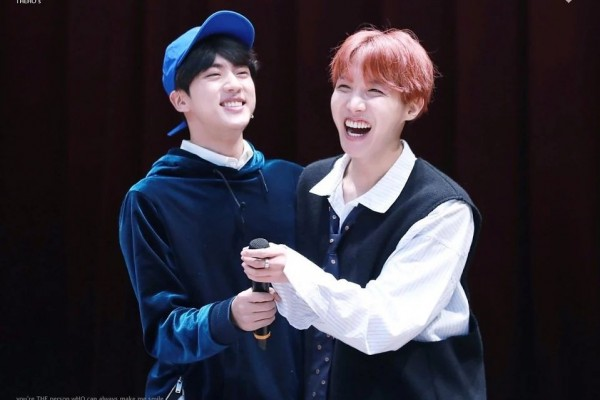 10 Potret Keakraban Jin dan J-Hope BTS, Brother Goals!