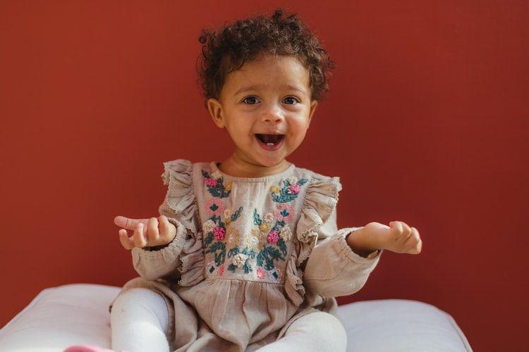Cantik dan Penuh Makna! 10 Ide Nama Bayi Perempuan dari Bahasa Korea