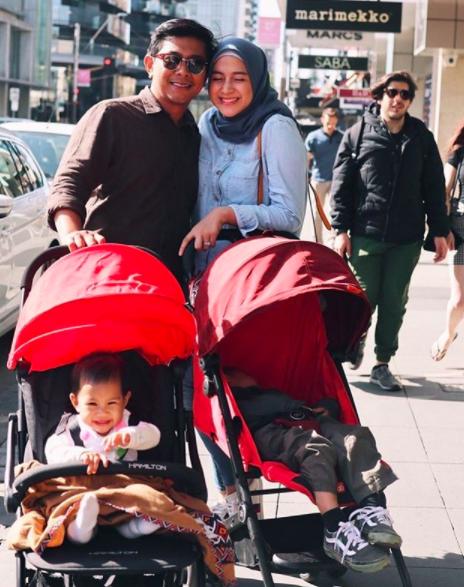 Hamil Anak Ketiga, 10 Momen Harmonis Rumah Tangga Nina Zatulini