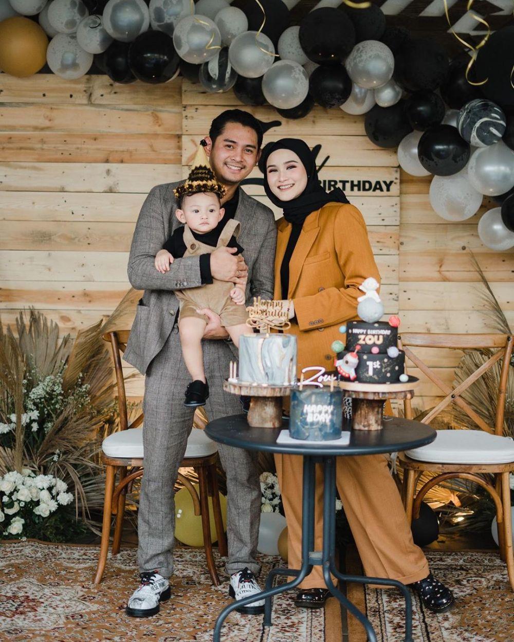 Setelah Menikah 10 Artis Ini Langsung Punya Momongan, Bahagianya
