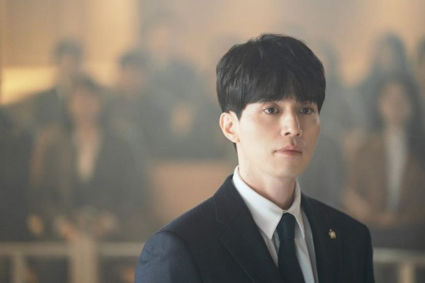 5 Sifat Kwon Jung Rok, Lawyer Rupawan di KDrama Touch Your Heart