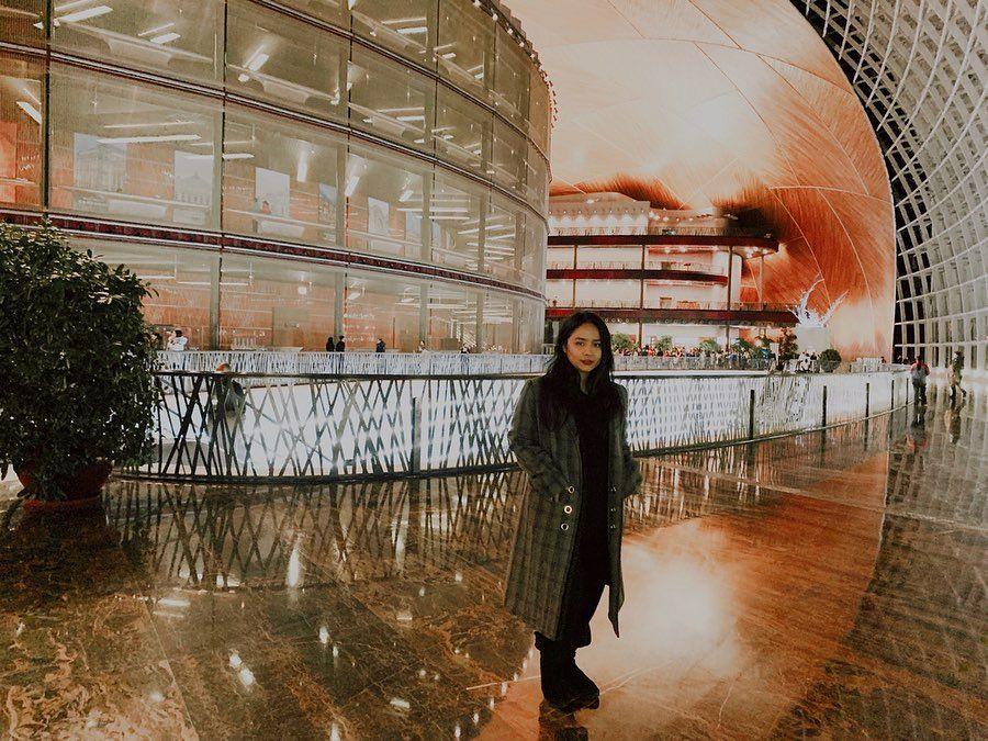 Genap 27 Tahun, 9 Pesona Menawan Gita Gutawa saat di Luar Negeri