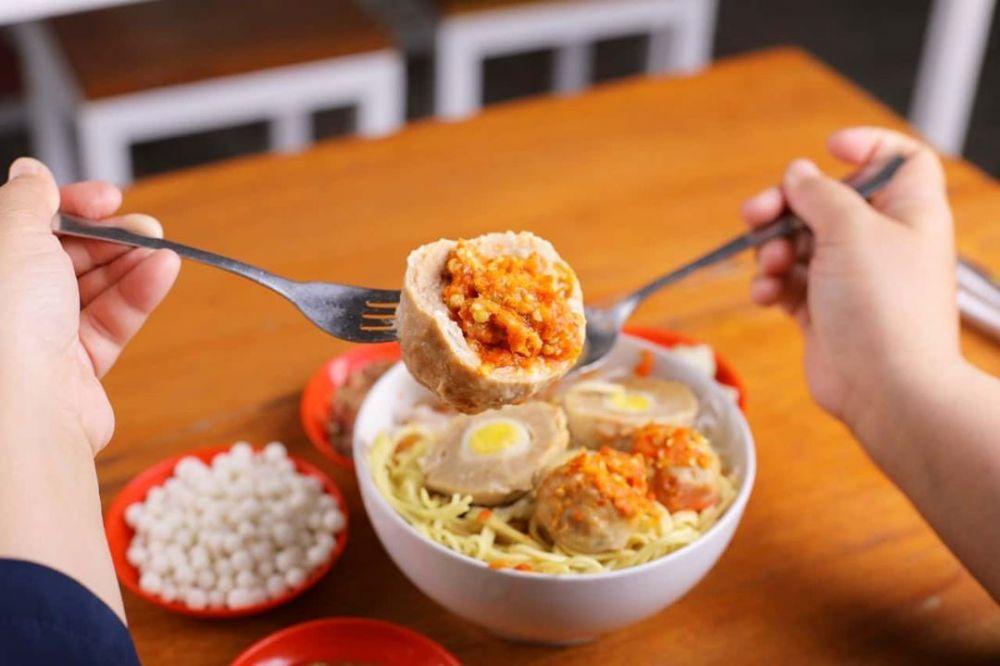 11 Rekomendasi Tempat Makan Bakso Enak di Malang, Mau Coba?