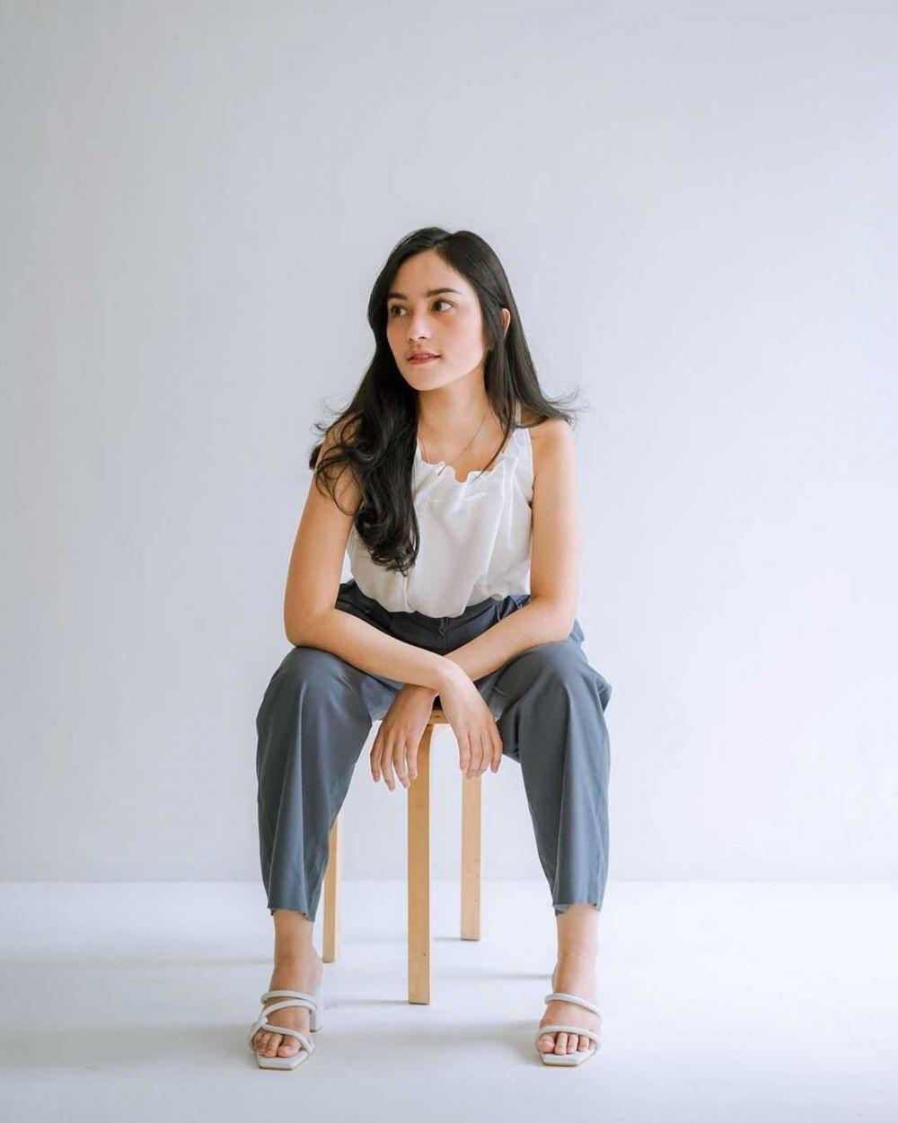 10 Inspirasi Padu Padan Outfit Anti Ribet ala Cindy Priscilla