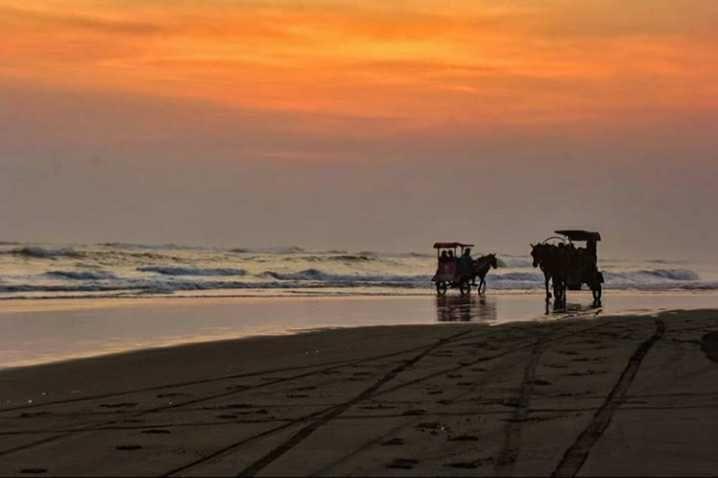 10 Rekomendasi Spot Sunset Terbaik di Yogyakarta, Bikin Betah!