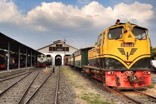 Berwisata Naik Kereta Api Uap Bersejarah di Museum Kereta Api Ambarawa