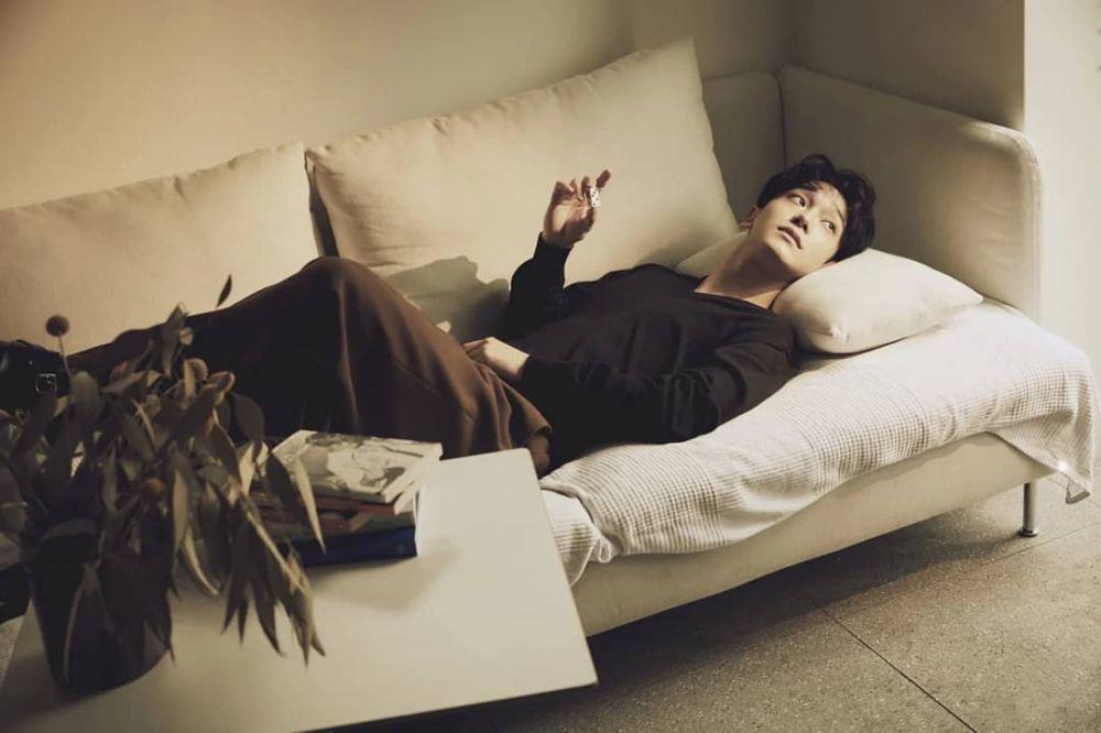 10 Fakta Chen EXO, Idol Bersuara Emas yang Memiliki Suara Tiga Oktaf