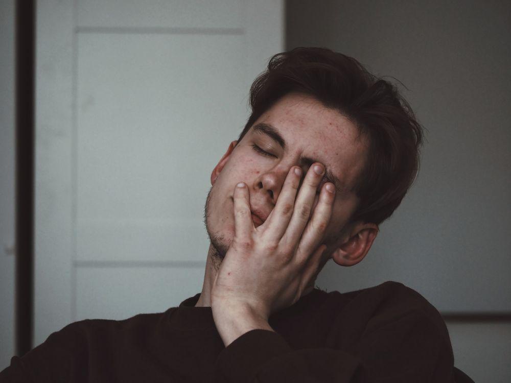 5 Alasan Masuk Akal Mengapa Kamu Gak Perlu Membenci Masa Lalu
