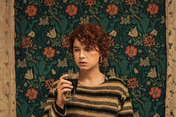 9 Fakta Jessie Buckley, Pemeran Utama I'm Thinking of Ending Things