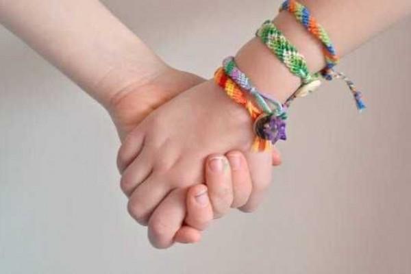 5 DIY Gelang Persahabatan dari Berbagai Bahan yang Mudah dan Murah