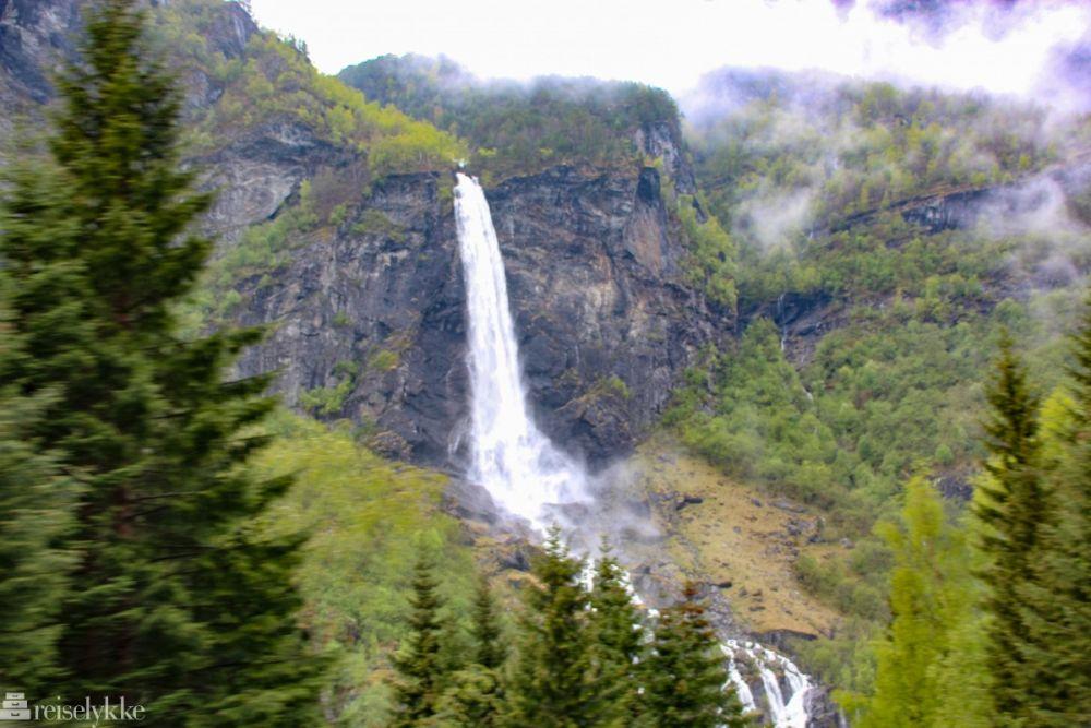 10 Potret Desa Flam di Norwegia, Suasana Syahdunya Meresap ke Jiwa!
