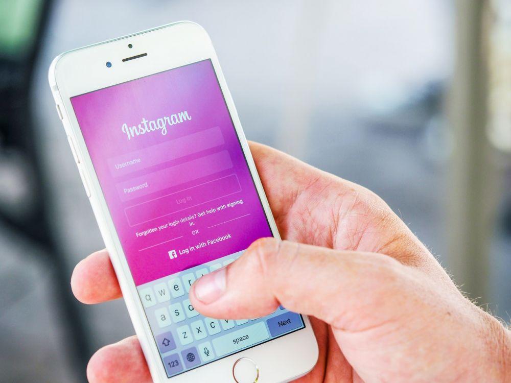 Alasan Akun Media Sosial Kamu Mudah Diretas
