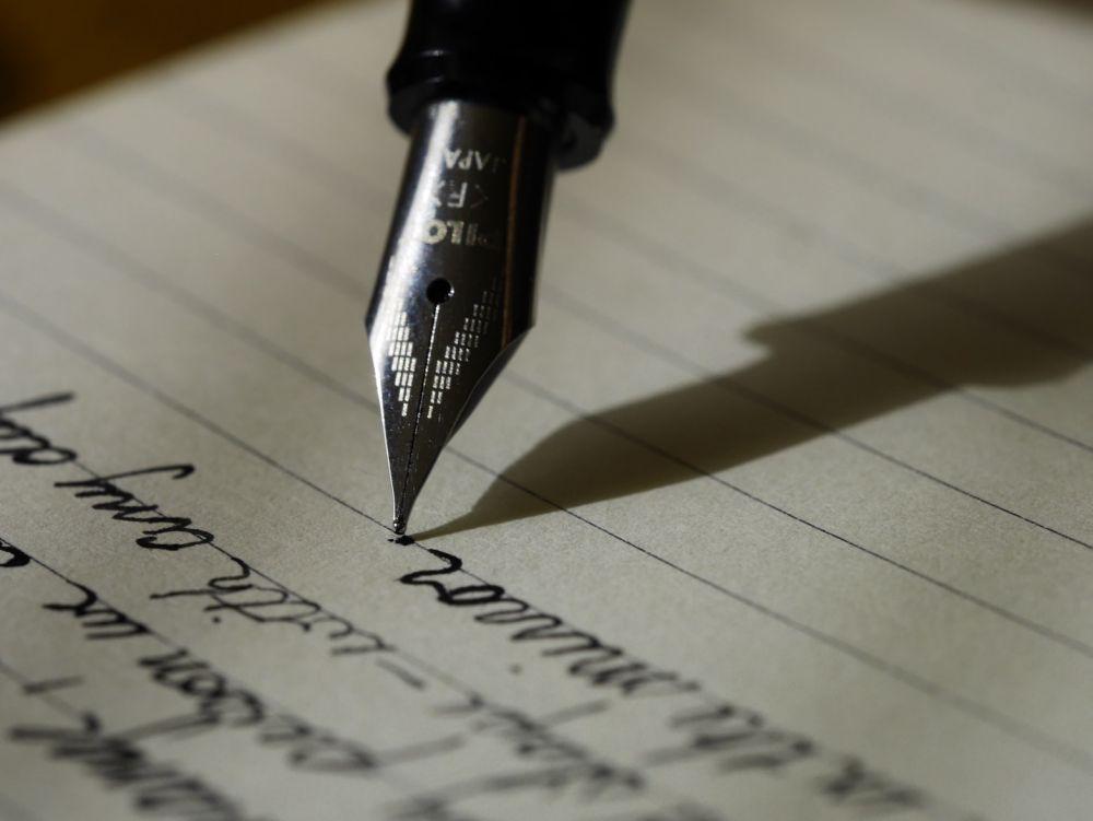 IWF 2020: Ini 8 Tips Menjadi Penulis ala Tsana Penulis Rintik Sedu