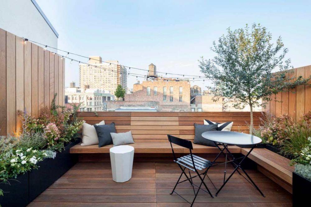 7 Ide Sulap Rooftop jadi Tempat Santai yang Super Nyaman di Rumah